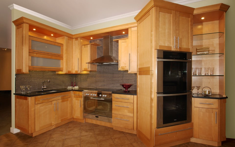 Fabuwood Shaker Natural3 Stock Kitchen Cabinets