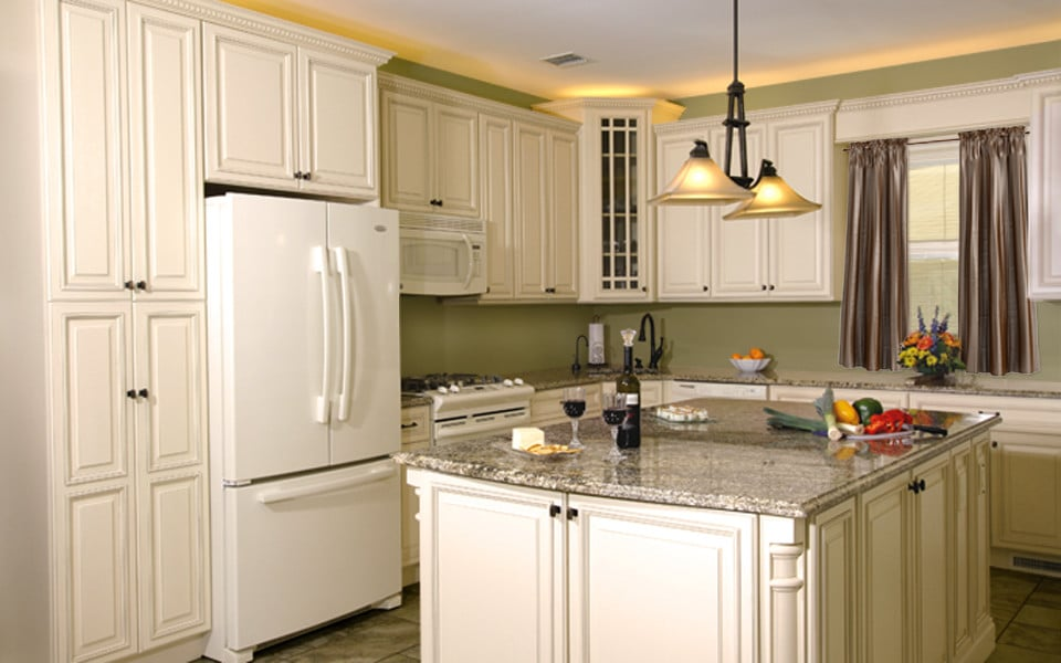 Fabuwood Wellington Ivory1 Stock Kitchen Cabinets