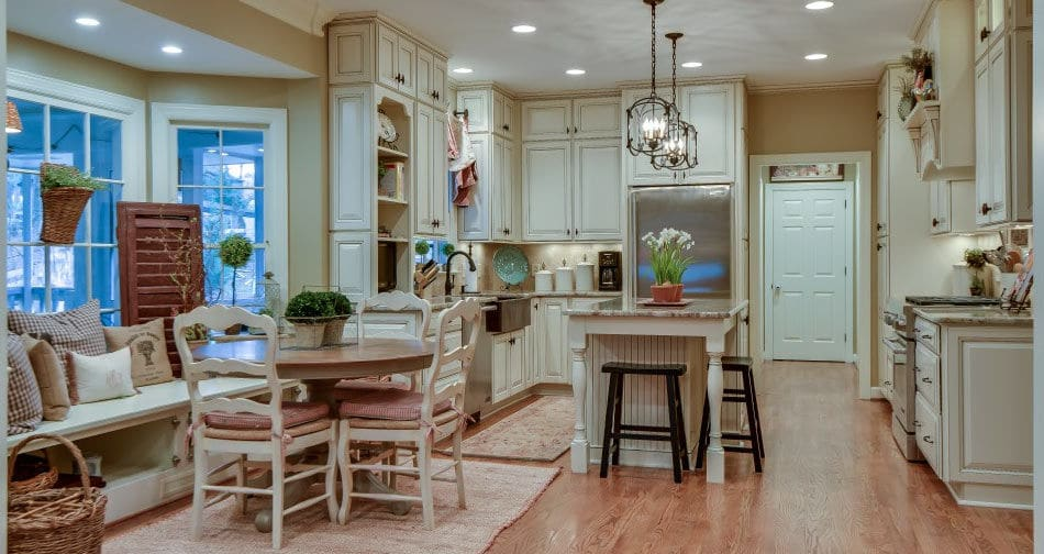 Semi custom kitchen cabinets long island suffolk nassau for Antique white kitchen cabinets with chocolate glaze