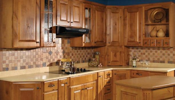 Woodland Rustic Hampton Alder Nutmeg Chocolate Custom Kitchen Cabinets